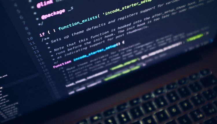سی شارپ چیست ؟ مزایا و کاربردهای برنامه نویسی c#