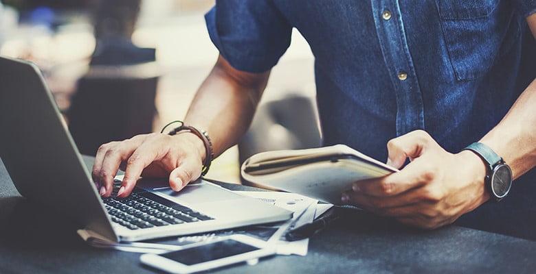 داشتن وب سایت شرکتی چه مزایایی دارد؟
